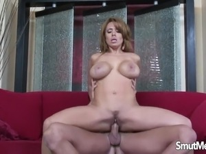 hot mom young doy sex