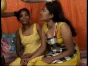 teenagers threesome videos