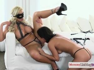 Girls big tit