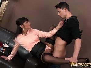 amateur porn pissing