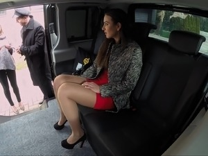 girls sex in car