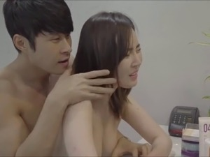 korean womaen naked
