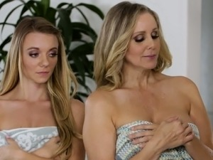 free swinger wife threesome movies