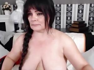 amateur saggy black tits cum