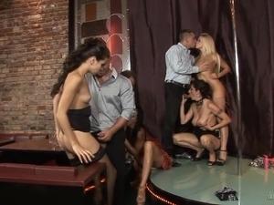 transvestite group sex