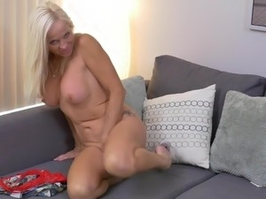 mommys hairy milf pussy