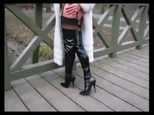 exwife mature outdoor pictures