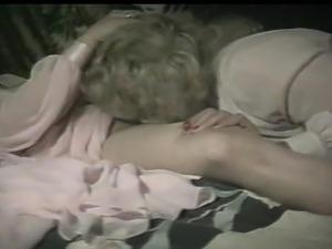 sexy hot chicks orgasm