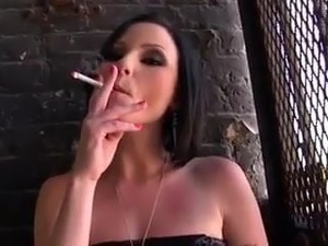 smoking girl webcam