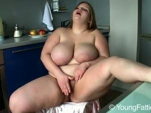 bollywood celebrity xxx big tits gallery