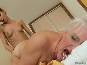 free blonde girl bondage movie