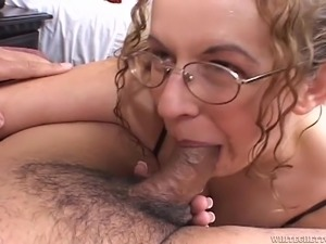 free closeup enlrged pussy pictures
