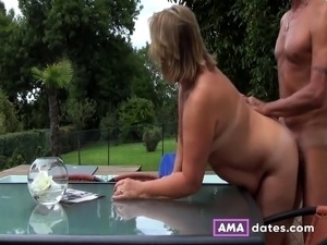 couples video outdoors free exhibitionist