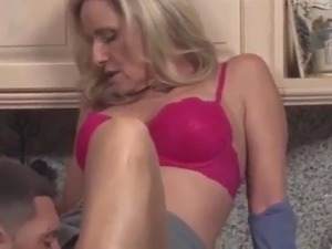 kitchen scrubber in pussy