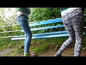 girl pissing while having sex porn